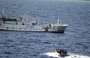 illegal-fishing-in-Somalia-300x196